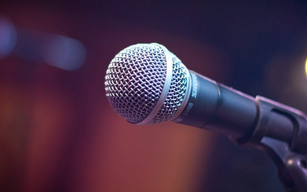 Mikrofone - nur schon ihr Anblick sorgt oft für Lampenfieber